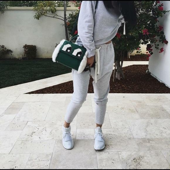c2f013315e8 adidas tubular outfit   Retour gratuit   www.fleuriste-vert-mousse.fr